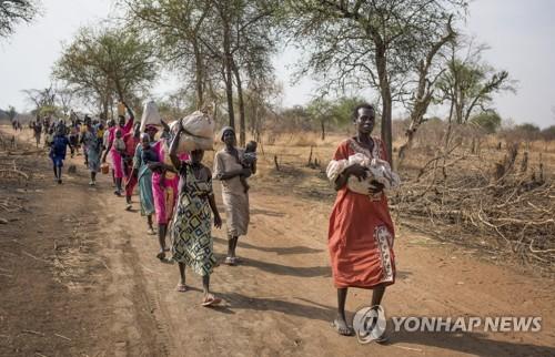 기근·내전에 건국 6년만에 국민 20% 난민된 남수단