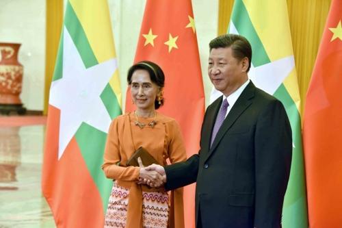 中 시진핑, 미얀마 평화정착 지원 약속…영향력 본격 확대