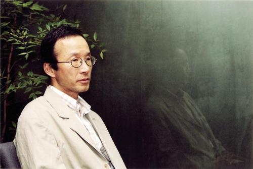 울산매일신문 주최 '제25회 오영수문학상' 수상자 정찬씨
