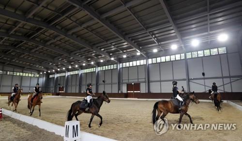 춘천 '공공·관광형 승마장' 개장…공..