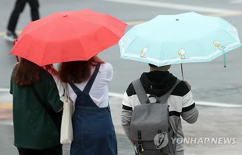 '추적추적' 비 내리는 전북…정읍 9.6㎜