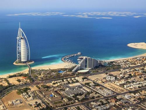 UAE '무세금' 포기…4분기부터 담배·탄산음료에 세금부과