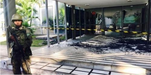 브라질 연방정부 청사 폭파 위협…공무원들 긴급대피