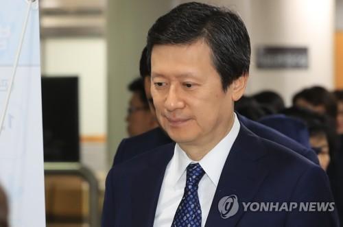 신동주의 '무한도전'…이달 말 주총서 또 경영권 복귀 시도