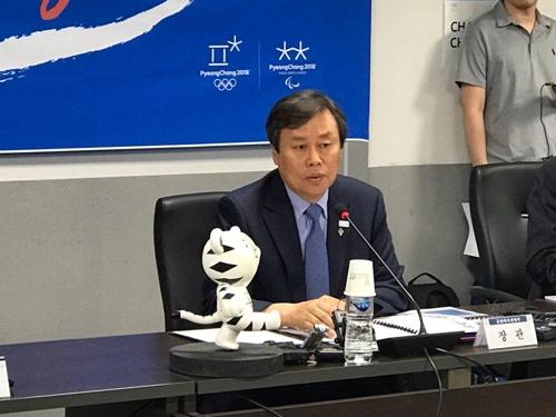 """도종환 장관 """"女아이스하키 남북단일팀, IOC와 협의하겠다""""(종합)"""