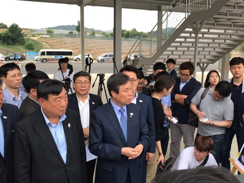 도종환 장관의 평창 '평화 올림픽' 핵심은 '북한 참가'