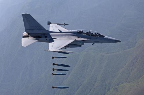 국산 경공격기 FA-50 핵심장비 수리도 국내서 한다