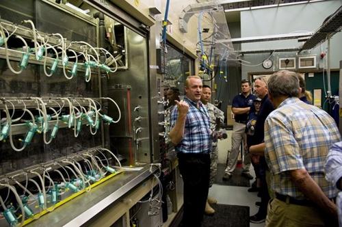 '산 탄저균' 배달 사고 美 연구소서 이번엔 사린가스 '실종'