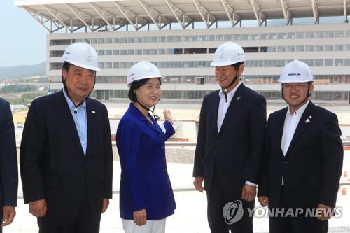 """추미애 """"평창올림픽 때 남북 단일팀 구성 필요"""""""