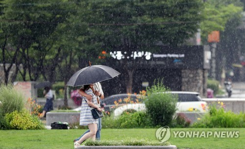 '주룩주룩' 전북 흐리고 빗방울…내일까지 최고 60㎜