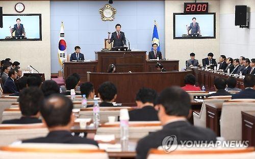 """""""과반 무너질라"""" 청주시의원 탈당 예고에 한국당 '당혹'"""