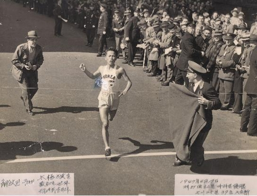 '1947년 보스턴 마라톤 우승' 서윤복 옹 별세(종합)