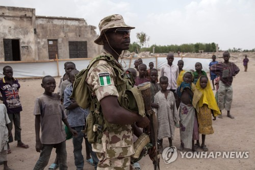 카메룬서 보코하람 추정 자폭 공격…15명 사망·42명 부상
