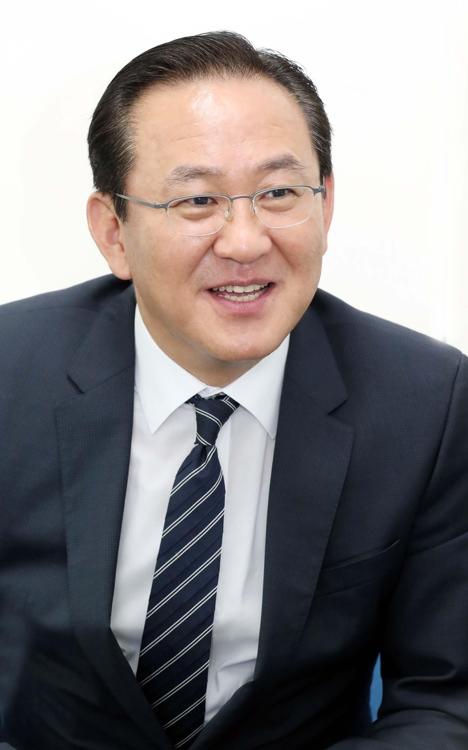 해양연맹 새 총재에 김현겸 팬스타그룹 회장 선출