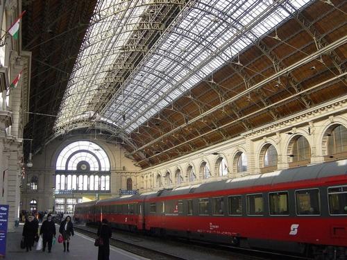 헝가리서 폭탄공격 협박에 국제선열차 운행 중단