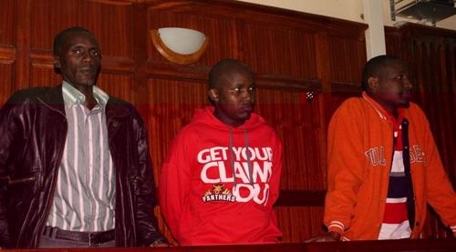 케냐법원, '미니스커트' 女승객 옷 벗긴 버스 기사 등 사형 선고