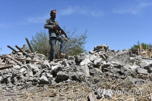 美공군 오폭으로 아프간 보안군 9명 사망