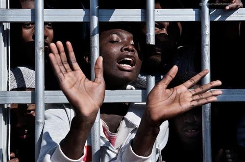 """유니세프 """"아프리카 난민 청소년, 학대 피해 집 나와"""""""