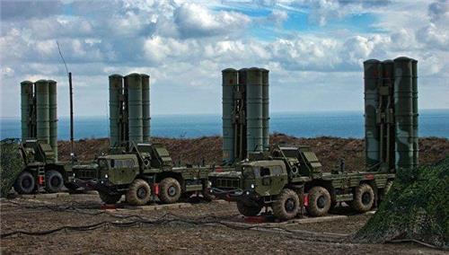 """터키 대통령 """"러시아제 S-400 방공미사일 구매 문서 서명"""""""