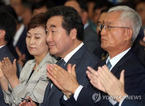 '동북아 경제 허브 도약' 촉매제 새만금 남북도로, 첫 삽 떴다