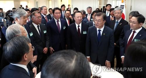 文대통령·기업인 대화 D-1…참석 기업, '선물보따리' 경쟁