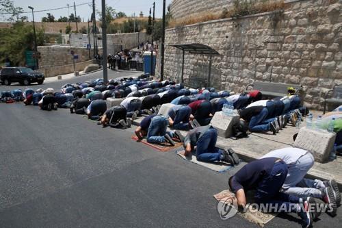 예루살렘 성지 금속탐지기 대체할 '스마트카메라' 설치 추진