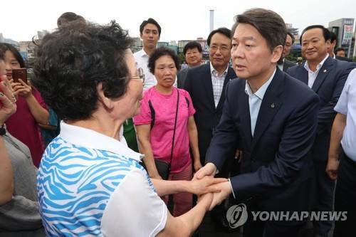 """안철수 """"한두달내 당 지지율 안 오르면 지방선거 해보나 마나""""(종합)"""