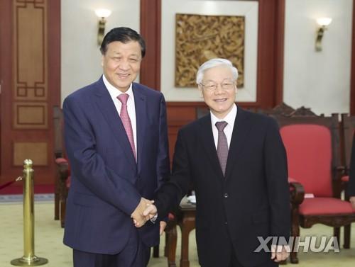 中 공산당 최고위층, 남중국해 갈등 속 베트남 방문…우호 강조