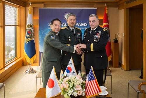 한미일 육군총장 회담…北 핵·미사일 공조방안 논의