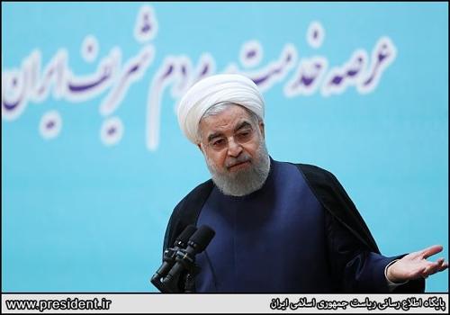 """이란 대통령 """"美 핵합의 깨면 북핵 해결도 난망"""""""