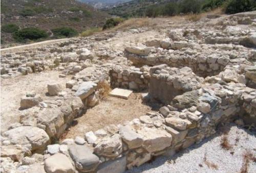 그리스 크레타 섬서 3천년 전 미노스 문명 무덤 발굴