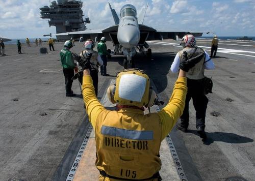 美 B-1B 출격 다음 수순은…내달 항공모함 출동
