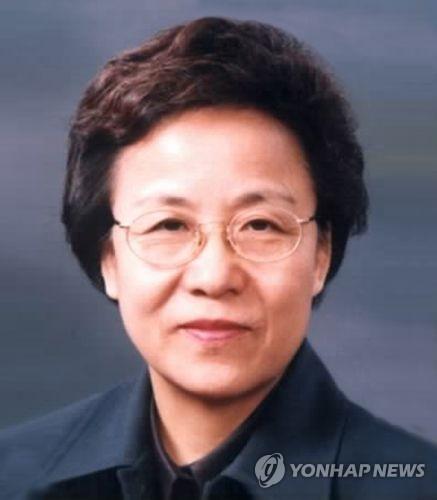 신인령 국가교육회의 의장, 다방면 경험 풍부한 '팔방미인'