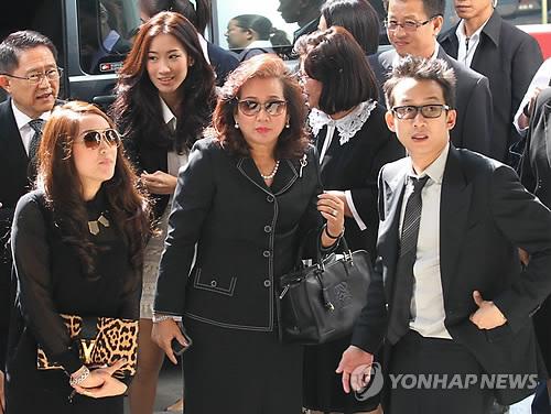 태국 친나왓 가문의 수난…이번엔 탁신 아들 돈세탁 혐의 기소