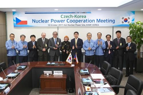 """체코 원자력안전위 부위원장 """"한국형 원전 설계 안전한 듯"""""""