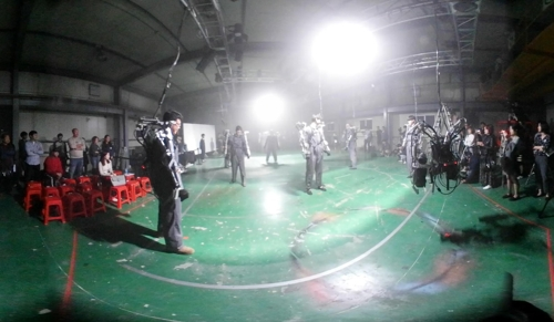 [VR현장] 로봇과 함께 춤을…'다빈치 크리에이티브' 개막