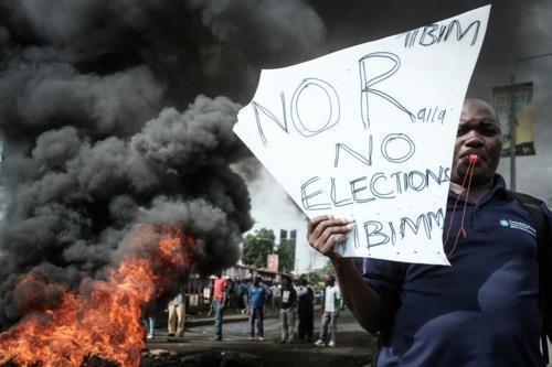 케냐 대선 재투표 결과에 무효소송 제기…또 뒤집히나