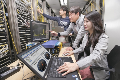10배 빠른 10기가급 인터넷 상용화 성큼…KT 솔루션 개발