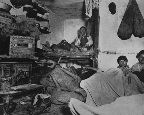 130년전 뉴욕의 사회개혁을 이끌어낸 탐사보도와 사진