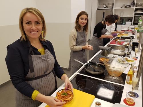한식요리 삼매경에 빠진 伊블로거들…로마서 한식 강좌
