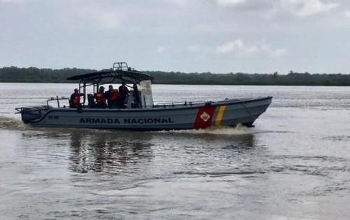 콜롬비아 오리노코 강서 선박 침몰…8명 구조·10명 실종
