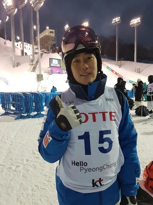 최재우, 프리스타일 스키 월드컵 남자 모굴에서 6위