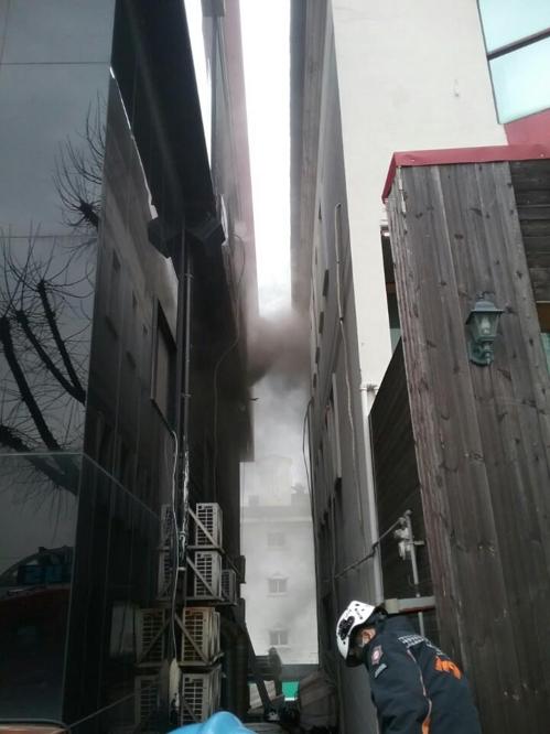 인천 연수구 모텔서 불…4명 부상, 투숙객 긴급 대피