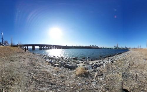 [VR현장] 콘크리트 걷어내고 자연으로…이촌한강공원 강변 복원
