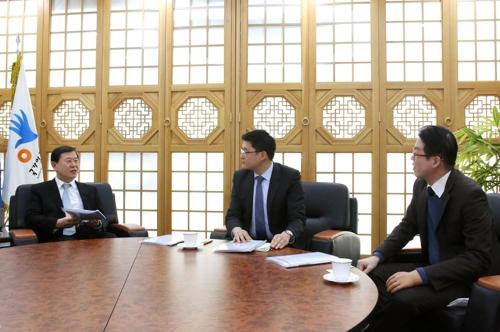 [동정] 이성호 인권위원장, 양심적 병역거부자 변호인 면담