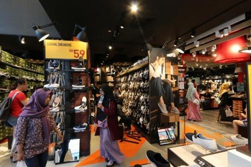 이랜드, 말레이시아에 신발 SPA '슈펜' 3호점 오픈