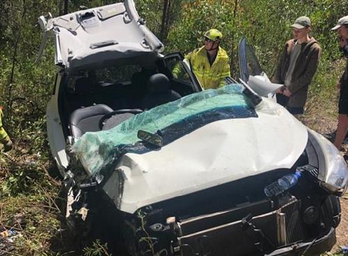 사고 차에 30시간 갇힌 아들 찾아낸 호주 아버지의 직감