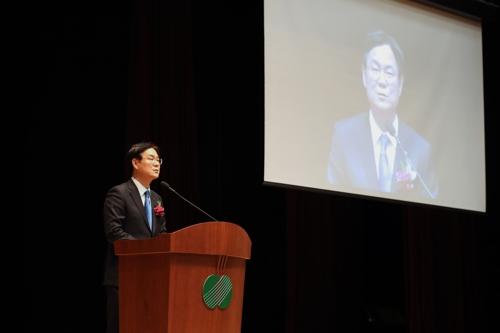 """'퇴임' 이관섭 한수원 사장 """"근거 없는 원전 불안감 해소해야"""""""