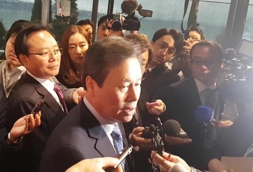 """도종환 """"北아이스하키 빨리내려와 호흡맞추기로 논의"""""""