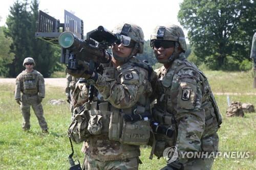 미군, 소형 드론 사냥 위해 스팅어 미사일 재배치